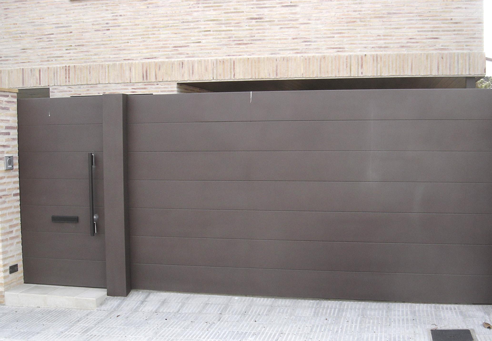 Puertas correderas puertas de garaje en murcia frampe for Puerta garaje