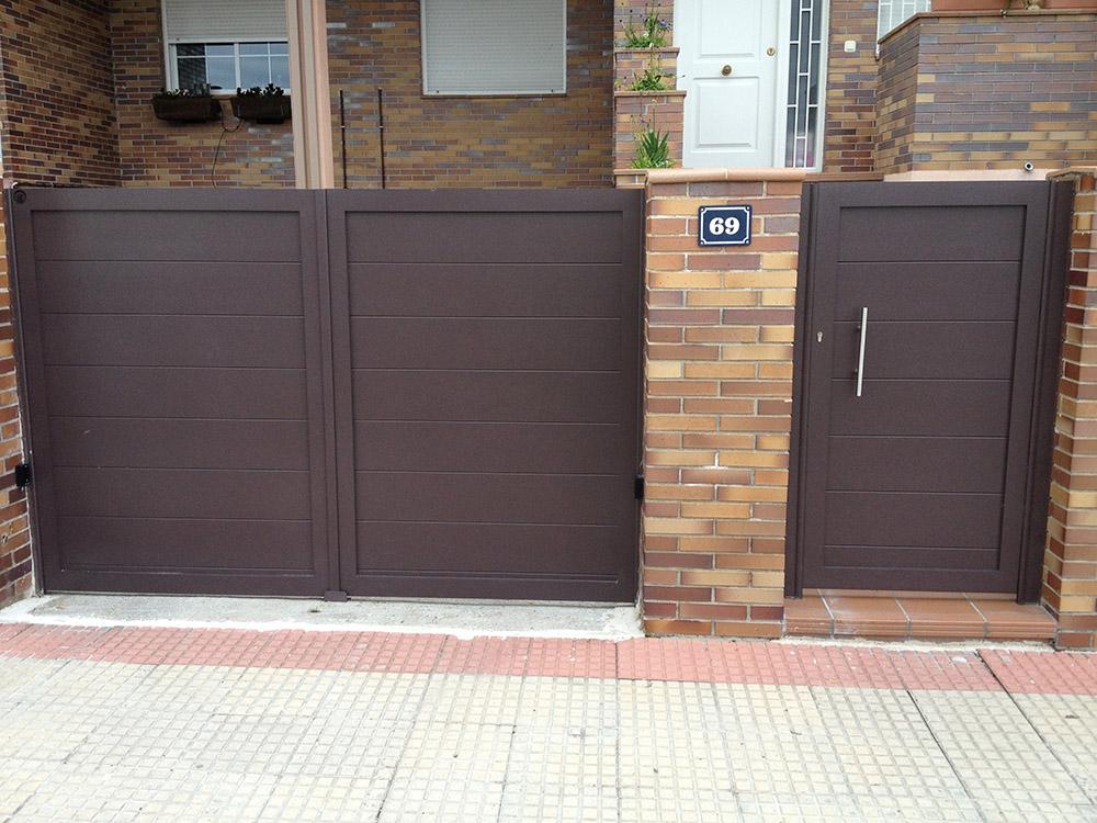 Puertas abatibles de garaje fabulous puerta automtica - Puerta garaje abatible ...