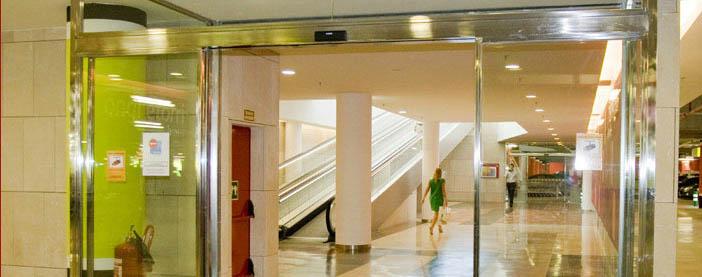 Puertas cristal puertas de garaje en murcia frampe - Puertas automaticas en murcia ...